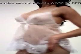 Garotas de 12 a 16 aninhos exibindo peitinhos e xoxotas
