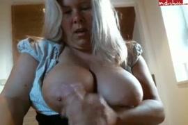 Videos de paniquetis novas fazendo sex