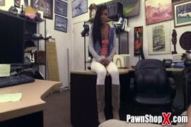 Video da mulher que levou um tiro na piriquita
