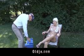 Videos de homens esfregando clitoris