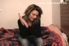Mulher mete com macaco