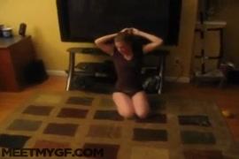 Quero baixar videos de sexo de mulhers transando com cachorro
