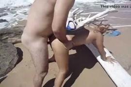 Quero um vídeo de sexo mulher masturbando com ele no pé com sexo com unha do pé mulher velha masturbando com a mãe do tempo né velhinha