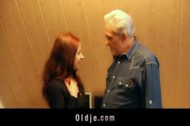 Porno pai com filha mp4