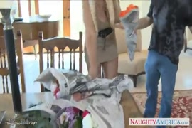 Xnxxmeninas novinha nascendo peitinho