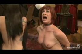 Videos de mulher se masturbando na bucetao e a gala descendo