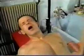 Porno virgens dando pela primeira vez com a mae
