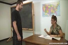 Video de sexo grupal forçado