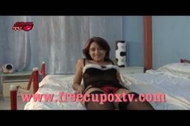 Videos de sexo com mulre tomano banho e rapano o becetao