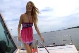 Video de mulher tranzando com animais cachorro ou cavalo para baixar grátis