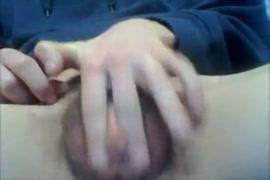 Lesbica se masturbando na web. sem mostrar o rosto