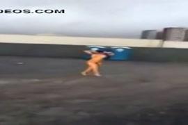 Ver varios videos de sexo garota sendo amarrada e violentads por vsrios homens a forca
