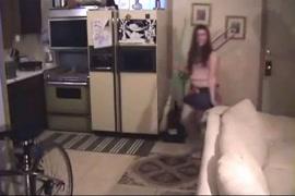 Ver video de sexo forcado de uma mulher tres homens